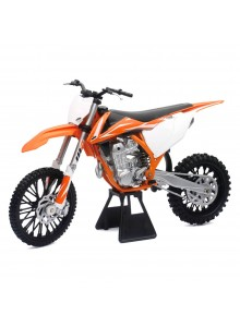 NEW RAY TOYS KTM Scale Model